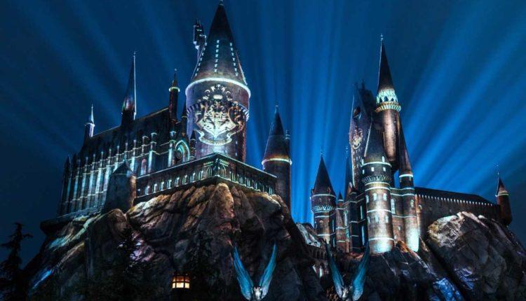 Nightime Lights Hogwarts