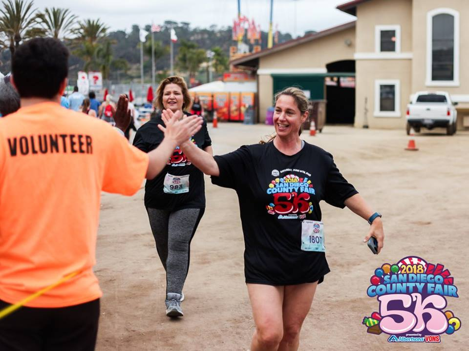Vavi Del Mar Fair high five - 101 Things To Do In San Diego